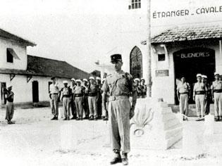 DEGUELDRE Roger lieutenant 1er REP - fusillé au Fort d'Ivry le 6 juillet 1962 - Page 2 64323332